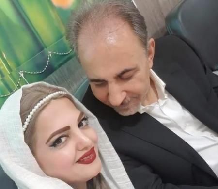 نجفی وزیر اسبق و شهدار سابق تهران در کنار میترا استاد همسر دوم خود در روزهای اولیه زندگی.
