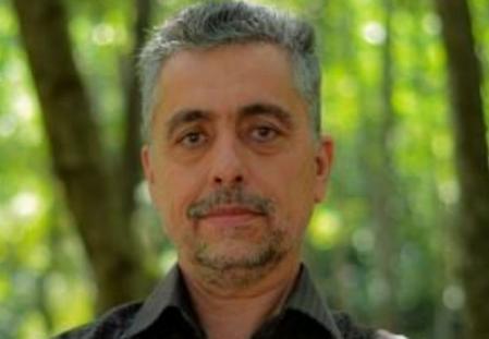 دکتر * حمید عقیلی * یکی از پزشکان مشهدی که در عرصه مبارزه با کرونا خدمت میکرد، بر اثر ابتلا به این ویروس روز جمعه جان باخت.